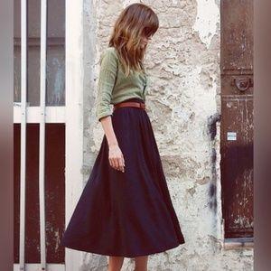 NWOT H&M Black Midi Skirt